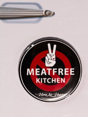 Fridge Magnet: Meat Free Kitchen
