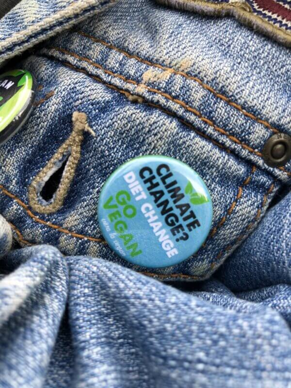 25 mm Statement Badge: Climate Change-Diet Change