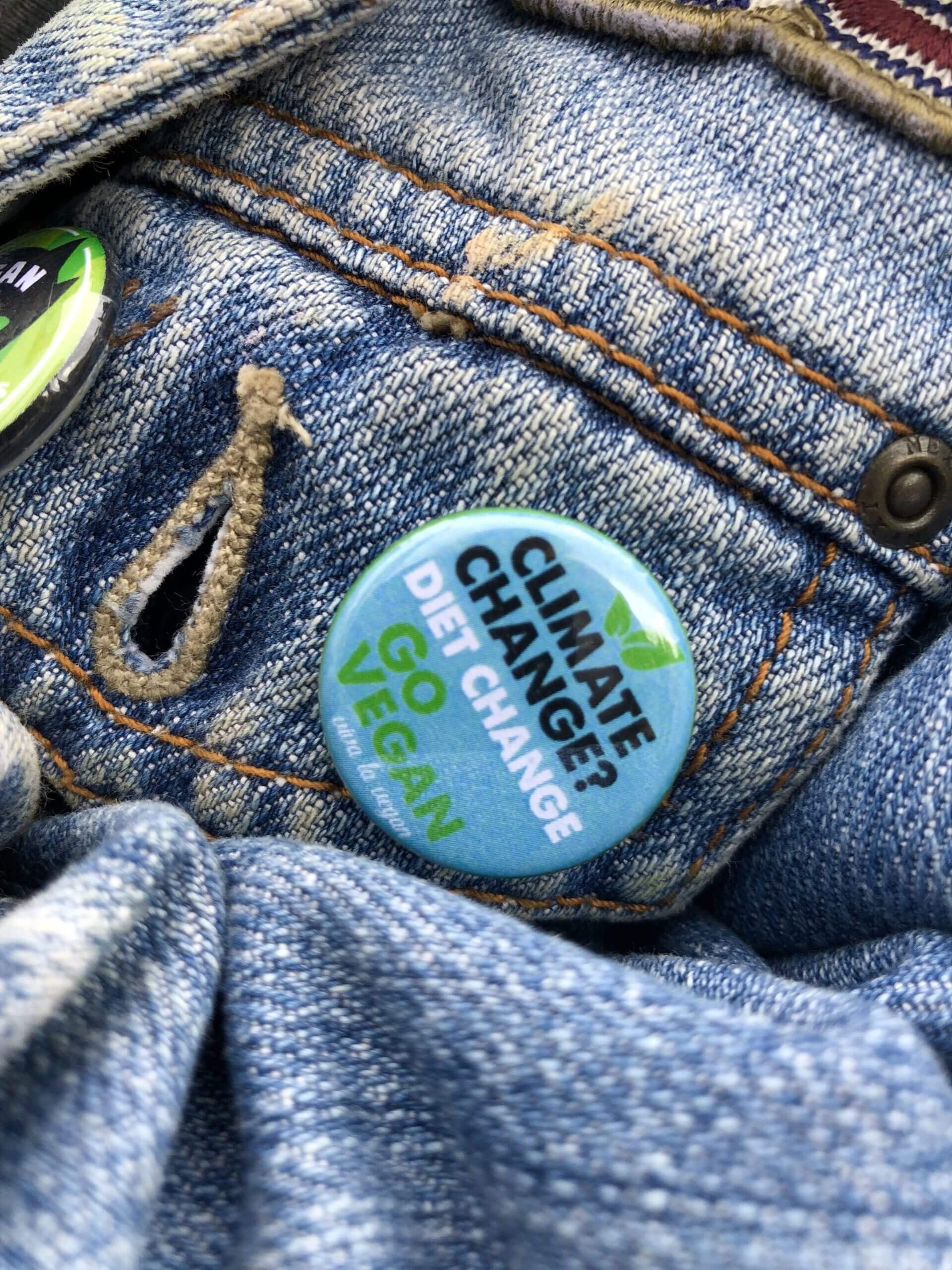 25 mm Statement Badge: Climate Change-Diet Change